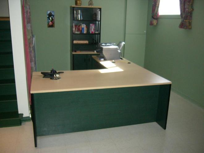 Mobilier de bureau de qualité une aubaine prix réduit